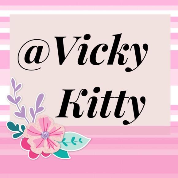 vickykitty
